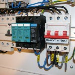 Hlavný vypínač a prepäťová ochrana